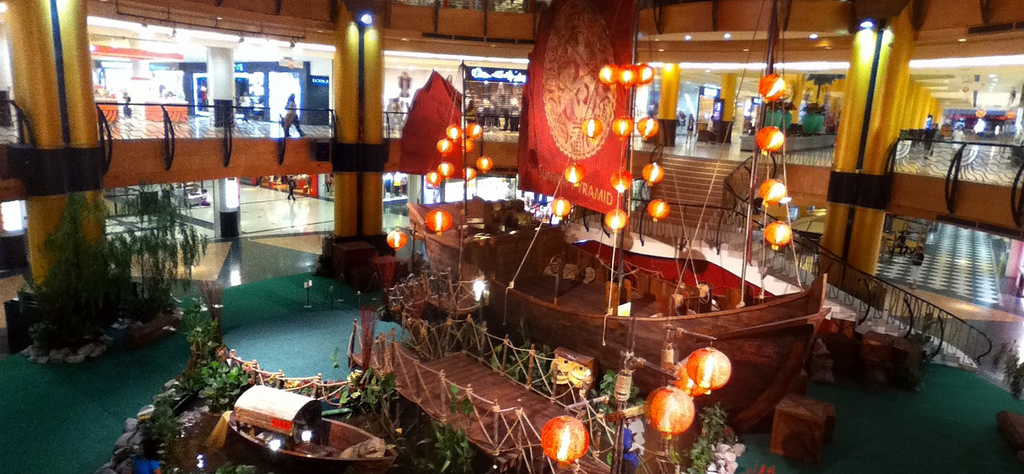 Gong Xi Fa Cai! A Chinese junk ship on display at Sunway Pyramid ;)
