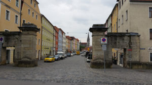 the street on the opposite bank of the Danube from Regensburg Old Town