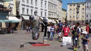 street statue performer