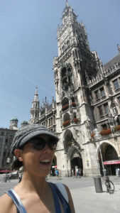 Noelle at Marienplatz