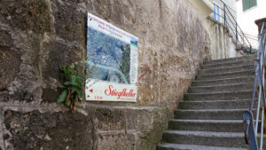climb up to the fortress on these steps -- I quit a third of the way up